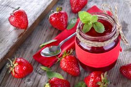 Konfitura truskawkowa – jak zrobić domową konfiturę?