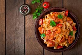 KREWETKI – 10 przepisów na zupy i drugie dania
