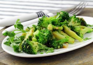 Oto 5 produktów, które lepiej jeść na surowo