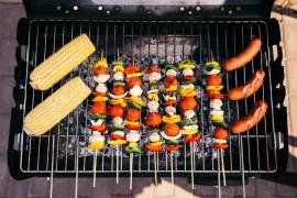 GRILL – 8 pomysłów na pyszne posiłki i przekąski