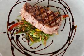 Jak usmażyć stek z tuńczyka?