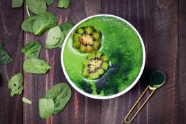 Extra zielone smoothie – ze spiruliną i młodym jęczmieniem