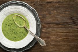 Zupa szpinakowo-pietruszkowa na wywarze warzywnym