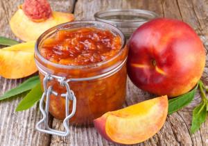 10 przepisów na DOMOWE PRZETWORY z owoców