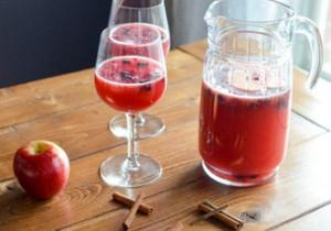 KOMPOT DO OBIADU- jabłka plus cynamon i porzeczki