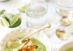 Ekspresowa zupa z mrożonego groszku i brokuła