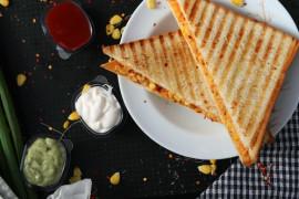 Tost na ciepło z majonezem