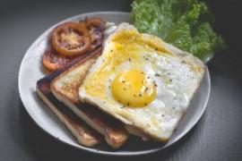 ŚNIADANIE ZA GROSIK: 4 inspiracje na tanie śniadania