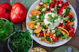 Niebanalna sałatka do obiadu- 10 inspiracji+ przepisy