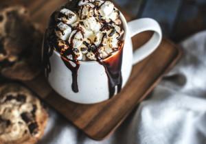Gorąca czekolada dla dorosłych (z alkoholem)
