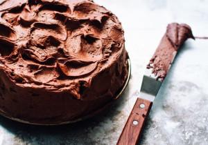 Ciasto mocno czekoladowe z orzechami laskowymi