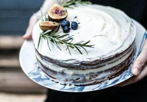 Jak nietypowo udekorować TORT BISZKOPTOWY? 15 pomysłów