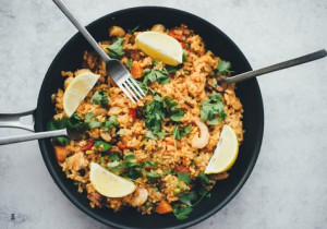 Mięso mielone z ryżem i pieczarkami