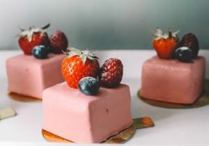 Dekoracje do ciast i placków w kolorze RÓŻOWYM i CZERWONYM