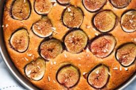 Jak zrobić idealne ciasto biszkoptowe? 5 porad od cukiernika!