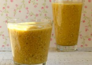 Owsiany napój śniadaniowy z mango i banana