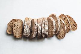 Chleb wiejski z ziarnami- szybki przepis