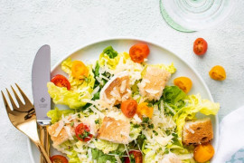 20 pomysłów, jak serwować sałatkę, aby wyglądała pysznie!