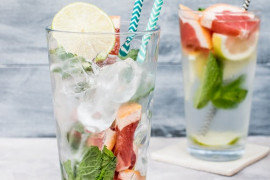 Napoje, drinki z miętą i bazylią- 15 orzeźwiających pomysłów!