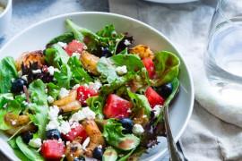 7 przepisów na lekkie sałatki obiadowe