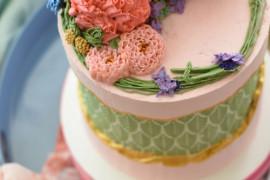 Jak ozdobić tort weselny? 15 bajecznych inspiracji