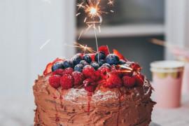 8 inspiracji na dekorowanie tortu urodzinowego