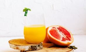 Wzmacniający napój z białej kapusty i cytrusów (idealny na kaca)