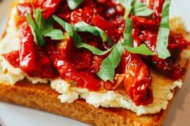 KUCHNIA FRANCUSKA- 10 smakowitych inspiracji na dania i desery