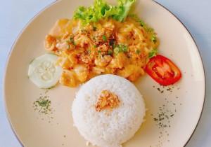 Kurczak z ryżem w sosie słodko- kwaśnym